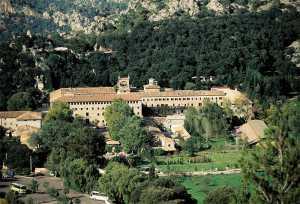 Wandern um Kloster LLuc